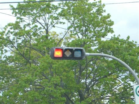 physical - Traffic light, no more shapes? - User