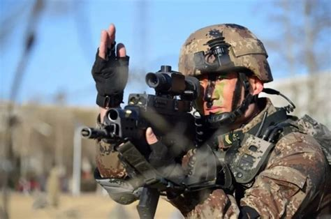 Chinese Commandos Deploy with QTS-11 Integrated Combat