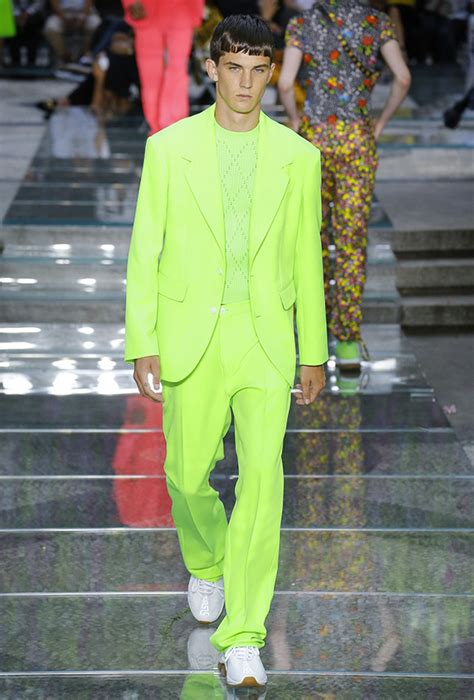 Key SS19 Men's Color Trend: Neon Yellow or Highlighter
