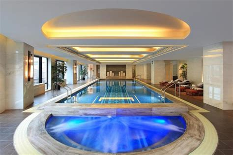 Swimming Pool - Picture of Waldorf Astoria Shanghai on the