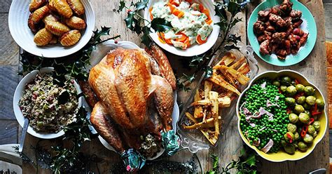 Christmas dinner: Nadia Sawalha's timetable of your day to