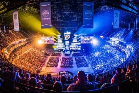 7 Easy Ways to Get Into Esports - 2020 Guide - Butterfly Labs