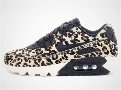 Nike WMNS Air Max 90 LX Leo - Sneakersky