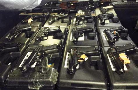 Guns now enter the country in parcels | Dhaka Tribune