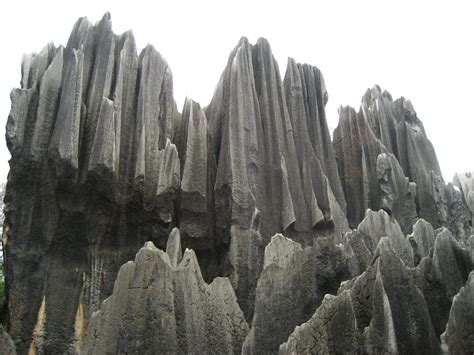 Shilin (Stone Forest) Photos and Information – China