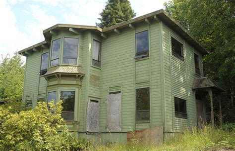 Hood Canal's Haunted Mansion