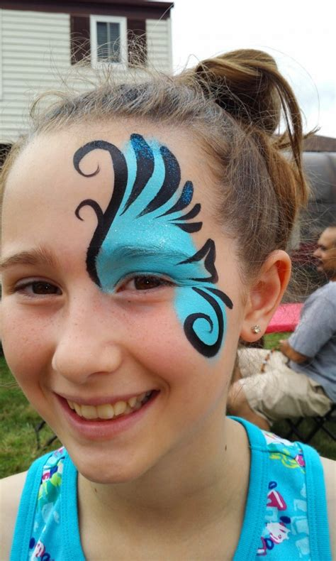 Hire Flutterby Faces Face Painting - Face Painter in